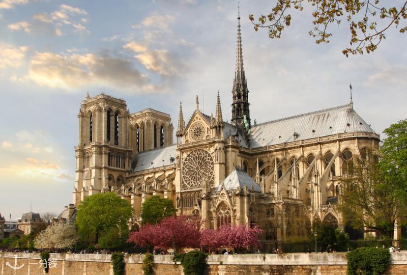 巴黎圣母院周边攻略,这些最in打卡景点必须拥有!建议码住!