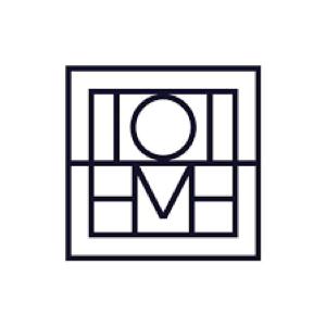 今年大🔥的极简主义设计师品牌Totême官网断货款丝巾这里还有!用质感打动人心!
